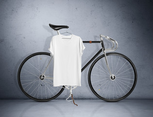 Vintage bicycle and blank t-shirt