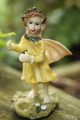Elfe im Garten