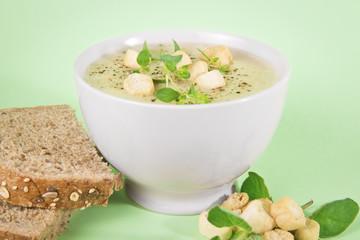 Fresh bowl of cauliflower and broccoli soup