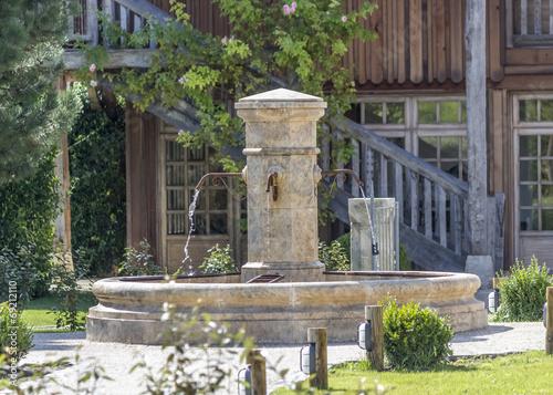 fontaine chateau - 69212110