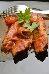 Filetes de caballo en salsa de tomate Gastronomía de España