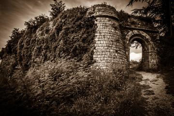 Mura del Castello di Radicofani