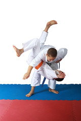 Techniques of throw  in the performance of athletes in judogi