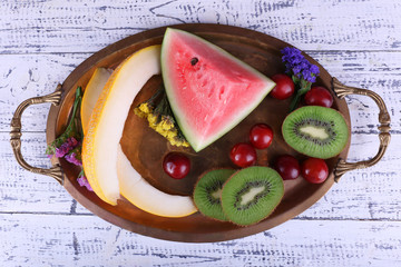 Slices of melon, kiwi and watermelon