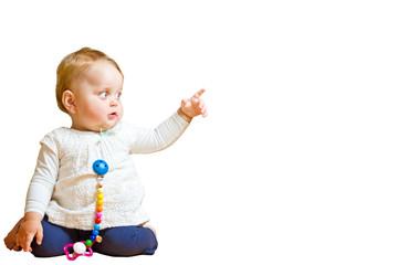 Kleines Kind mit Zeigefinger - freigestellt