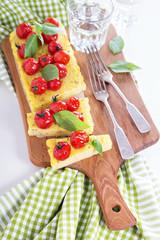 Polenta tart with baked tomatoes