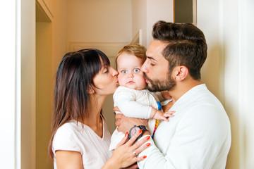 Junge Familie zuhause