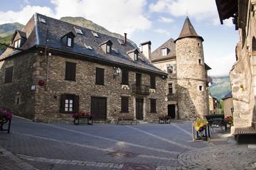 Pirineos, Plaza de Gessa, Val d'Aran