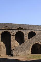 Aufgang zum Amphi-Theater in Pompeji