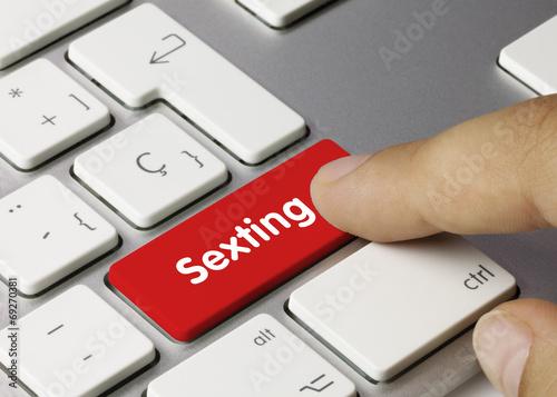 Sexting. Keyboard