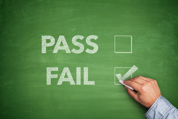 Tick boxes for Pass or Fail on blackboard