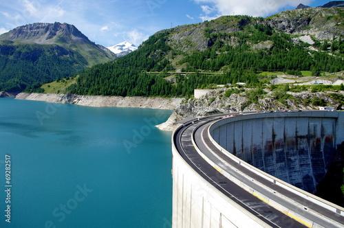 Fotobehang Dam barrage de tignes-savoie
