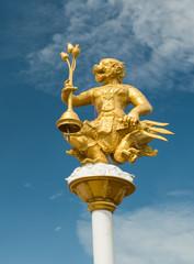 Giant statue at Wat Kroen Kathin, Thailand