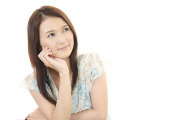 微笑む美しい女性