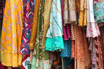 Colourfoul clothes - Vêtements