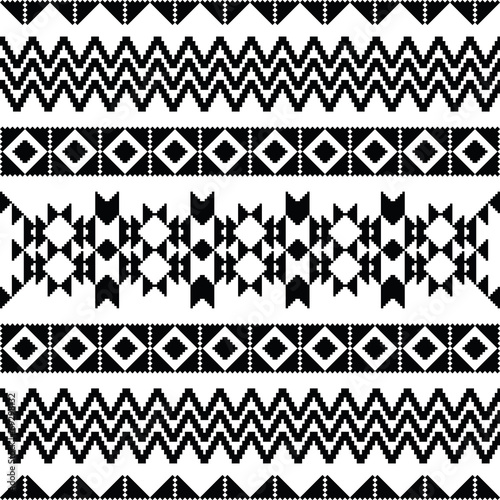 Absract geometric pattern in ethnic style - 69298132