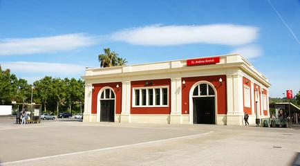 Edificio de la estación de San Andrés Arenal, Barcelona