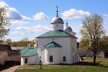 Церковь Сергия Радонежского в Изборской крепости.