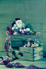 Alte Weihnachtsdekoration als Weihnachtskarte oder Gutschein