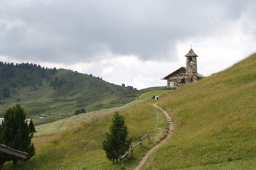 Sentiero sul Col Raiser