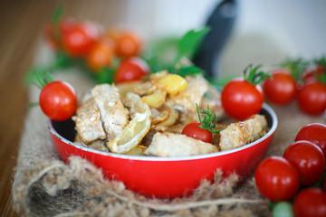 fillet roasted turkey slices with vegetables