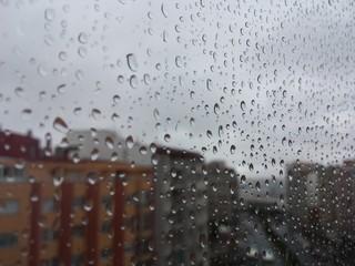 Lluvia en el cristal