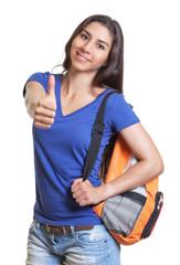 Lachende Studentin aus Peru zeigt den Daumen