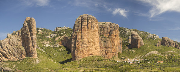 Panoramic view of the mountains of the Mallos de Riglos