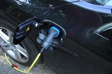 Hybrid car recharge