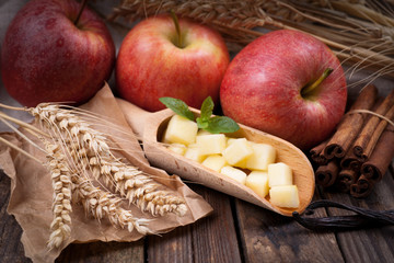 Gewürfelte Äpfel
