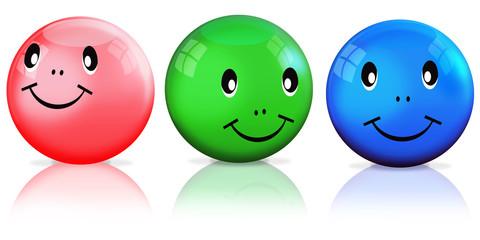 3 freundliche Smileys freigestellt