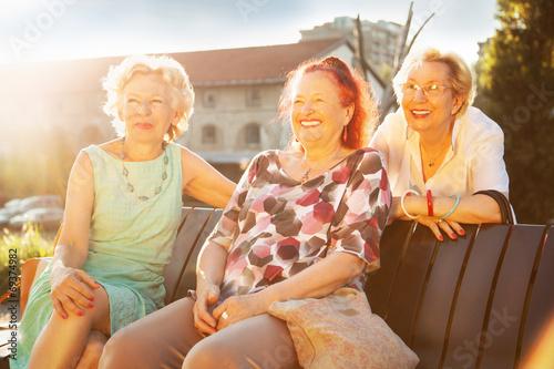 Poster Senior women