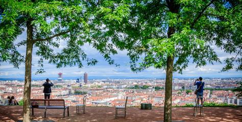 Lyon vu du jardin des Curiosités