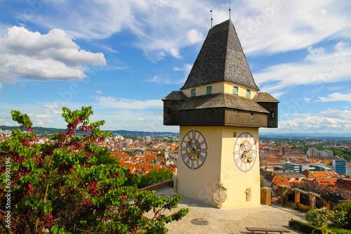 Fotobehang Noord Europa Uhrturm in Graz