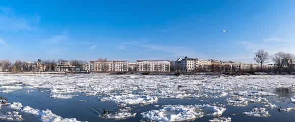 Magdeburg - Elbpanorama im Winter