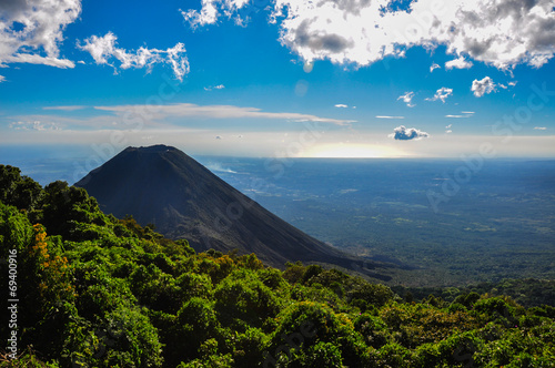 Foto op Canvas Vulkaan Izalco Volcano from Cerro Verde National Park, El Salvador