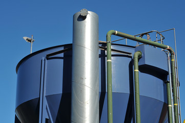 Silo with supporting ndustrial equipment
