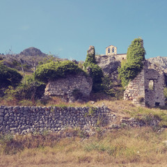 Ruines à Gréolières