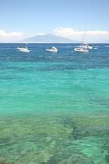 malowniczy letni krajobraz, plaża na wyspie capri we włoszech