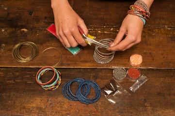 making memory bracelet jewellery