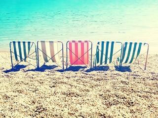 retro stripes sun bed