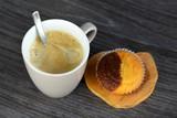 Heerlijke verse koffie met muffin poster