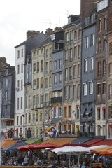 port de honfleur en normandie france
