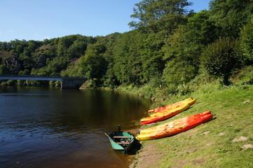 Canoë Kayak sur le bord de la Creuse