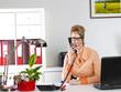 canvas print picture - Frau im Büro
