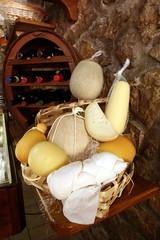 formaggio italiano stagionato