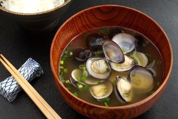 しじみ汁 貝 味噌汁