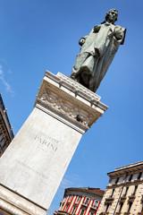 Giuseppe Parini Denkmal, Piazza Cordusio in Mailand