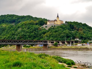 Burg an der Elbe in Tschechien