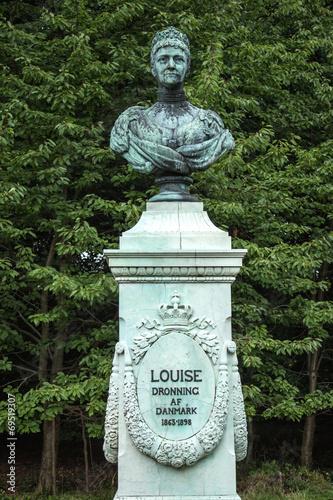 canvas print picture Buste af Louise Dronning af Danmark Fredensborg Slot